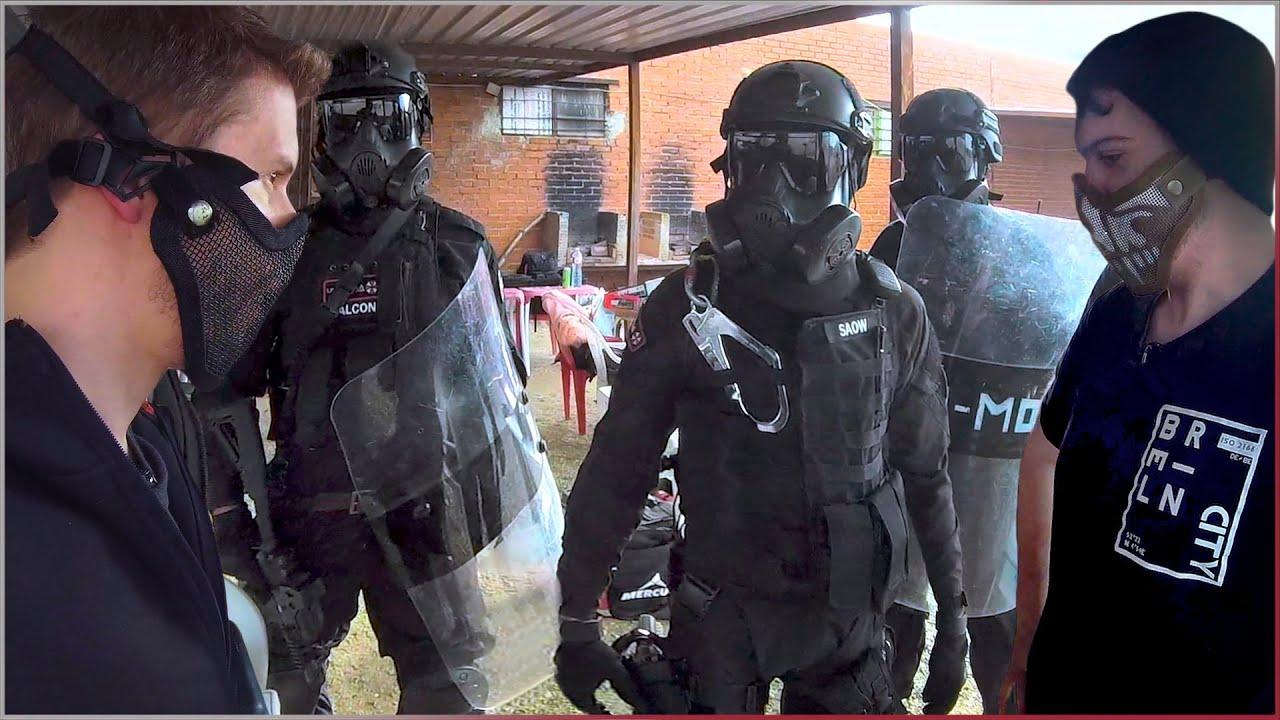 NOS ENCUENTRAN LOS SOLDADOS   SURVIVAL ZOMBIE TV