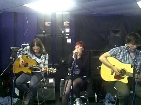 The Mars Patrol - Shake It Up, Red Dog Music, Edinburgh, 8th May 2011.3GP