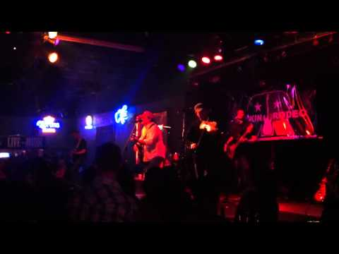 Josh Abbott Band - Here I Stand (Live at Rockin Rodeo) mp3