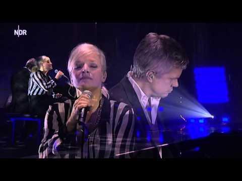 "Ina Müller auf Tour | ""48"" live | NDR 2014"