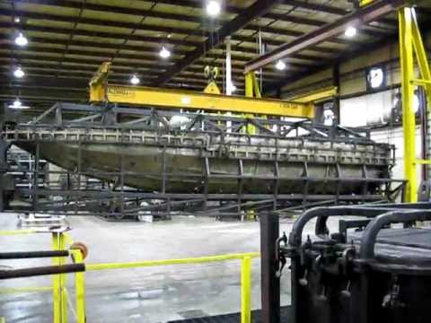 7m Boat Rotomolded in 25' Rock-n-Roll Oven #6 - YouTube