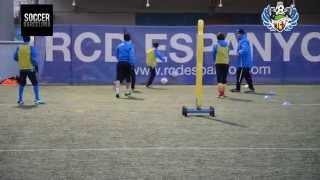 Футбольная школа в Барселоне SWA: Утренняя тренировка(, 2013-12-16T19:17:26.000Z)
