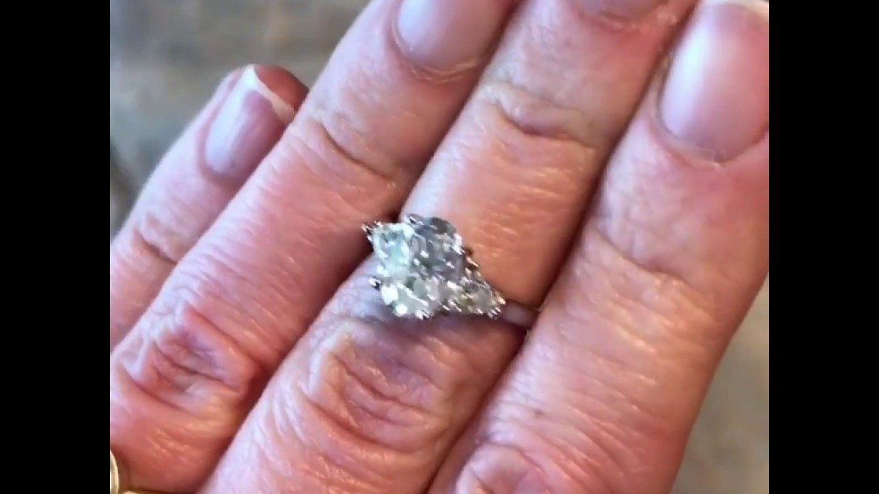 ZAYA Moissanite Oval Engagement Ring - YouTube
