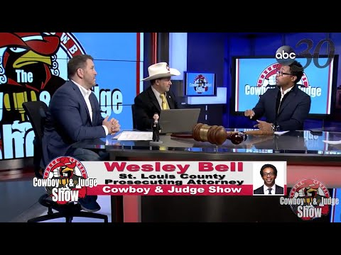 prosecuting-attorney-wesley-bell-cowboy-judge-with-attorney-judge-mike-carter-&-cardinal-cowboy-abc