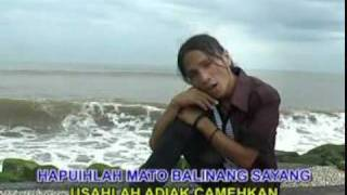Download lagu KUTHE : Badai Dilauik Lah Biaso