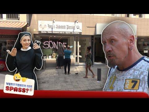 Nonne gegen Sünde mit Joyce Ilg | Verstehen Sie Spaß?