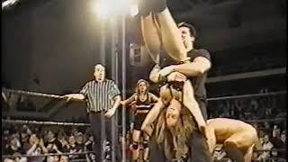 ECW Beulah Mcgillicutty vs Francine Fournier Catfight (HOUSE SHOW)