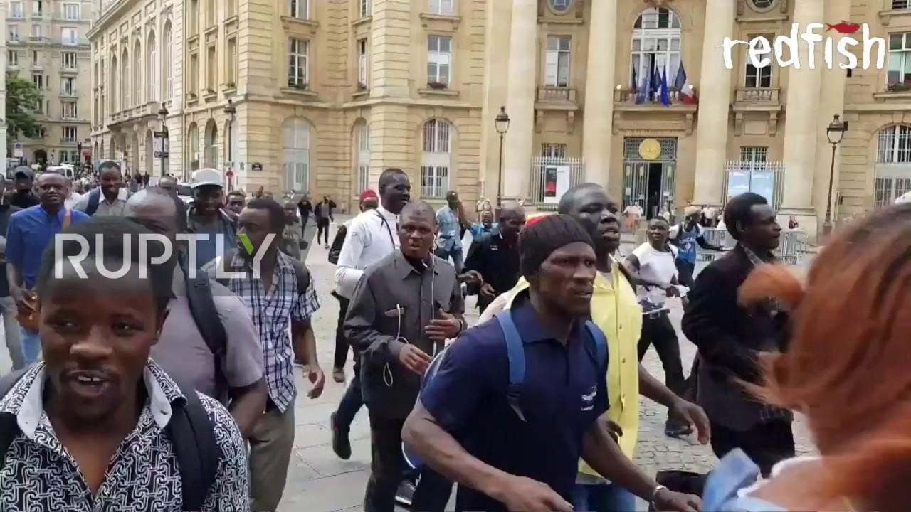 France Black Vests Storm Pantheon In Paris Partner