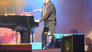 Hank Williams Jr NRA the boy wants to Boogie woogie Nashville tn 2015 Piano routine