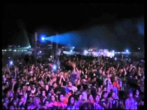 "dBAGINDAS "" SUKA SAMA KAMU ""DJARUM ISTIMEWA FILTER Pesta musik 2012 Sumatra"