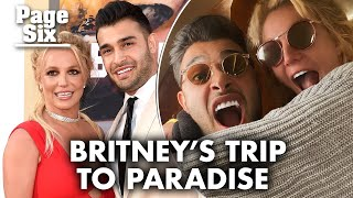 Britney Spears cozies up to boyfriend Sam Asghari in Maui vacation pics | Page Six Celebrity News