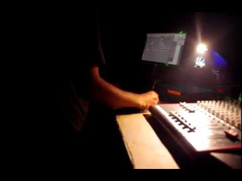 Cristian Vogel @ Beatconnection 2-2.AVI