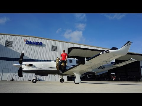 Flight VLOG - Flying a Brand New TBM930