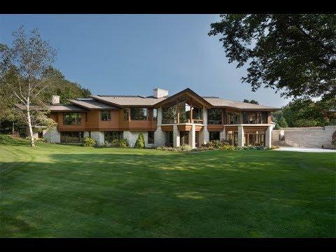 Exclusive Estate Near Lake Michigan in Holland, Michigan