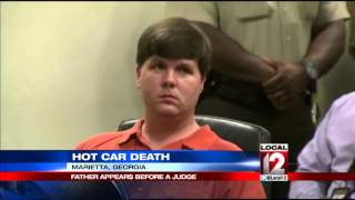 Police: Dad sent nude photos while boy sat in hot car