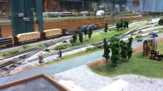 N Scale Trains With Bulkhead Flatcars