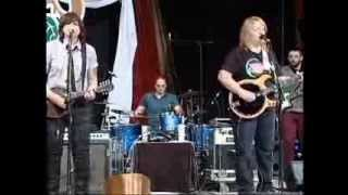 Download WoodSongs 705: The Indigo Girls MP3 song and Music Video