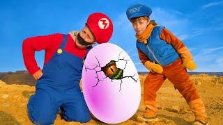 Весёлая история про Лёву на тракторе, яйцо Динозавра, Марио и машинку