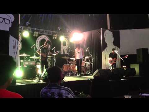 GIGI - Mutiara Yang Hilang (Launching Boys Of Rock) - 23 November 2012