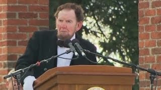 Watch 'Lincoln' deliver the Gettysburg Address.