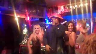 "50 Cent rapping UNDERCOVER at ""Dimples"" Bar in Burbank, CA"