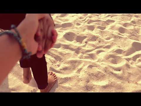 Video orang pegangan tangan romantis