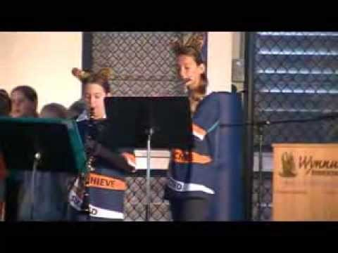Wynnum State School Clarinet and Flute Duo play ROAR