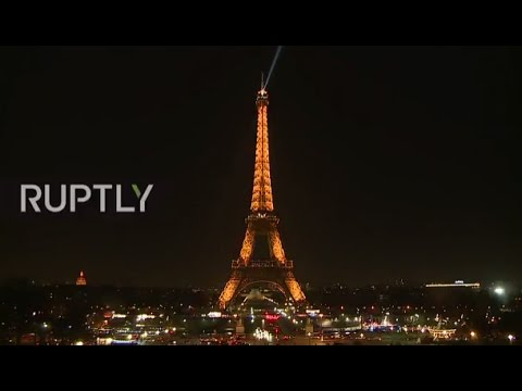 LIVE: Paris to turn off Eiffel Tower lights in solidarity with Aleppo's inhabitants