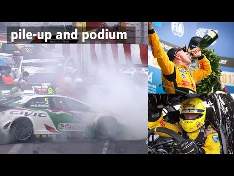Podium and pile-up at Macau WTCC race with Tom Coronel 2017