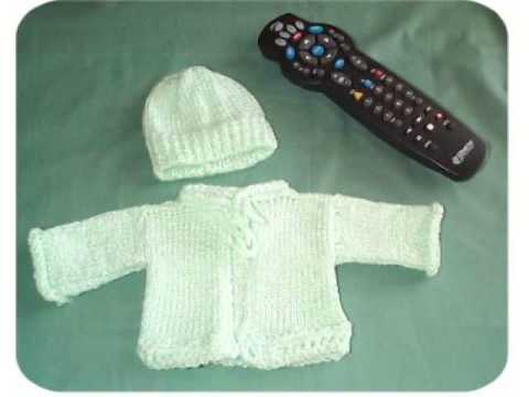 Quick Baby Cardigan Knitting Pattern : Free & Easy Knit Baby Sweater Pattern - YouTube