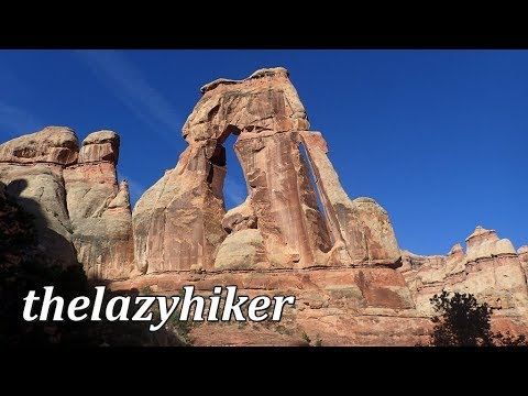 5 STAR HIKE !!!  Druid Arch and Chesler Park - Canyonlands National Park - Needles District