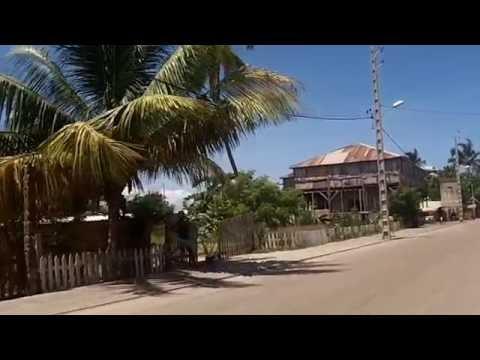 """""""Ballade à Morondava ville""""  par SjS de Toliara"""