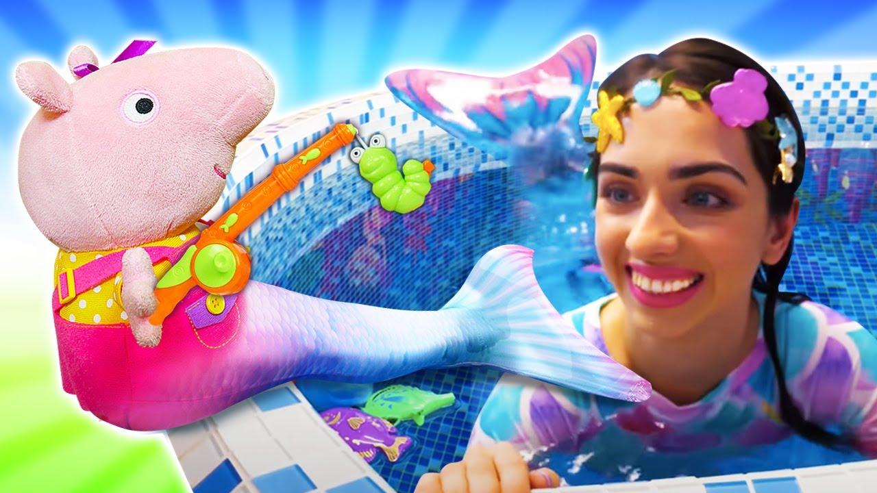 Свинка Пеппа и Русалочка в бассейне: игрушки для девочек  Сундук Русалки. Видео про игры в больницу