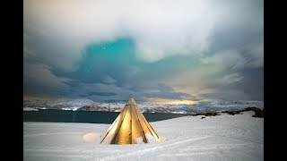 MEETING SAMI PEOPLE & SLEEPING IN THE ARCTIC UNDER THE NORTHERN LIGHTS!