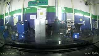 шиномонтаж минск уборевича 99 (Шинный центр TYREPLUS) - Вот так портят диски