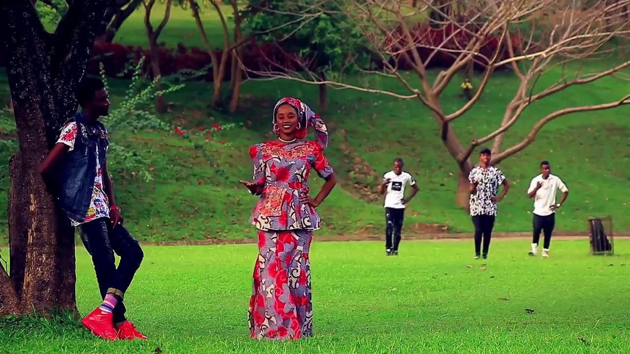Download Soyayya ce Hausa Song