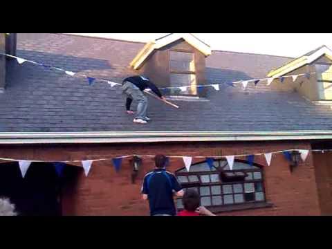 "Jamie ""Bear Grylls"" Jordan scales swans pub...then falls off!"