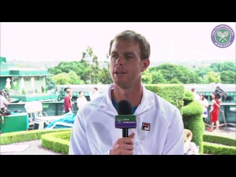 Querrey sets up Djokovic clash after easing into third round