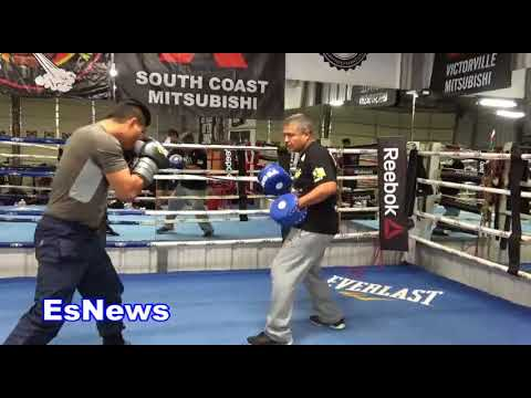 Mikey Garcia Mitt WORKOUT With Robert Are They The BEST BROTHER FIGHTER TRAINER IN BOXING HISTORY