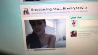 Ariana Grande me respondendo na Twitcam