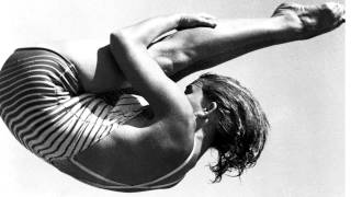 Edmundo Ros - Her bathing suit never got wet