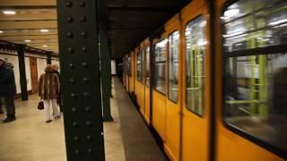 ブダペスト地下鉄1号線 ヴェレシュマルティ広場駅 列車出発その1, Budapest Line1 Vorosmartyter Station deperature 1