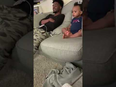 Adorable moment of father and toddler having conversation | ABC News