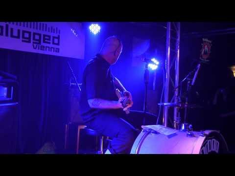 Boneshakers live: Reverend Beatman(Voodoo Rhythm Records ) Replugged 07/03/2015