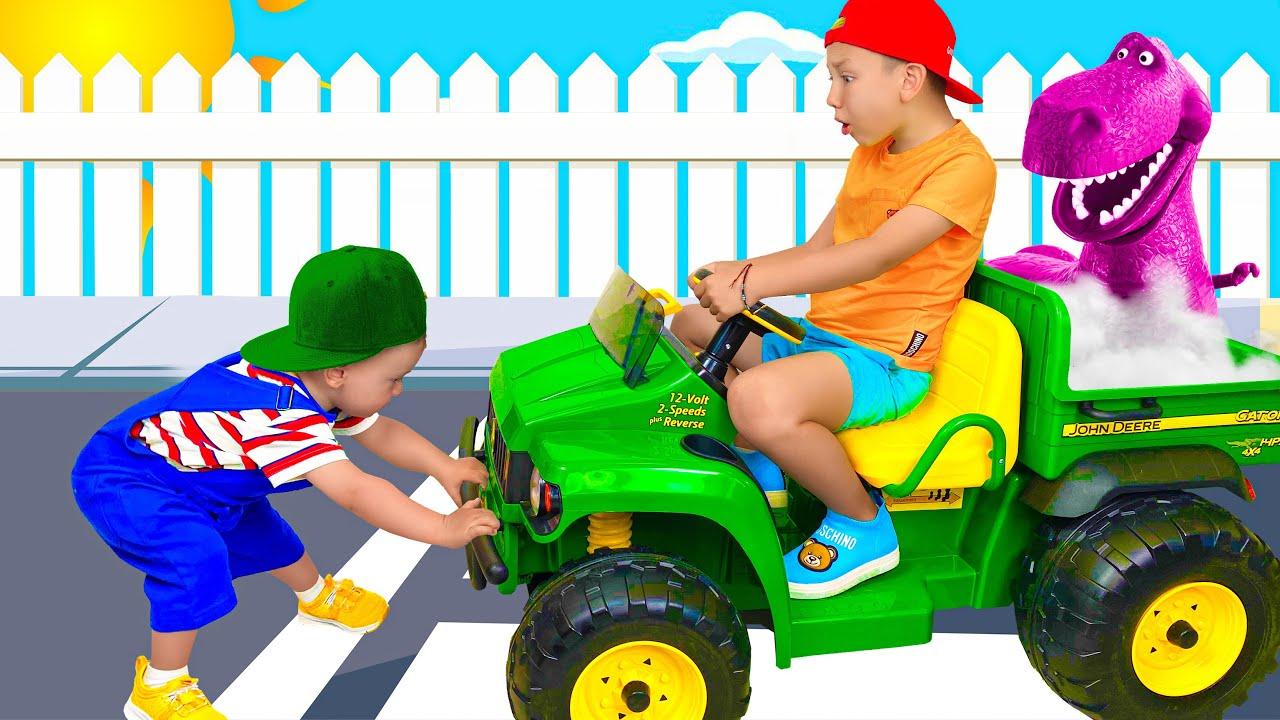 Senya and Niki do not want to share POWER Wheels cars and toys