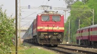 15028 Maurya Exp departing Gorakhpur behind 25041 Mughalsarai WAP4