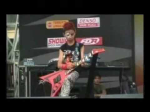 PYRAMID BAND(KLIP)ROCK BERGEMA SONG