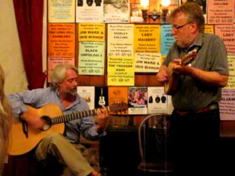 Mike Ainscroft & Ian Chisholm @ The Royal Oak