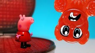 Schweinchen Peppa und der Lucky Bär auf dem Waffeleisen - Experiment