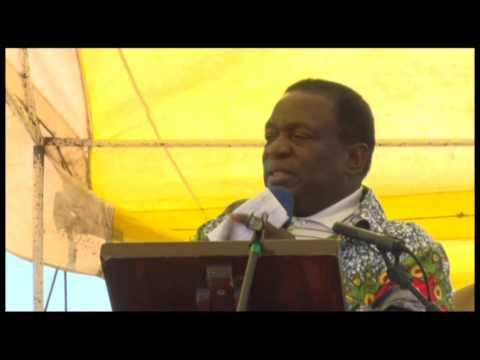 VP Emmerson Mnangagwa speaking at a Star Rally 2 in Bulawayo - 6 June 2015